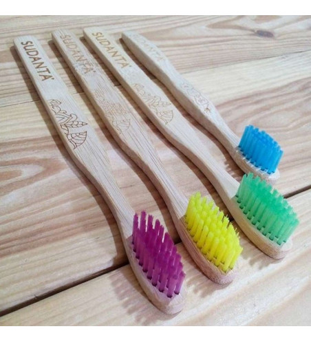 Cepillo dental de bambú