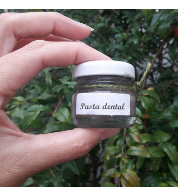 Pasta dental blanqueadora